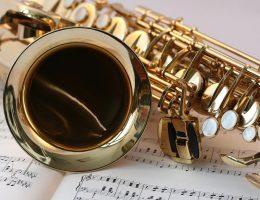 La musique est un art qui surpasse les époques.